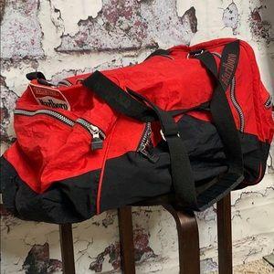 Marlboro large duffle bag & backpack